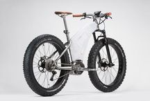 Bikes & E-bikes / A collection with some of the coolest bikes and electric bikes in the world
