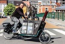 Tuub, uw mobiele fietsenmaker / Uw fietsende fietsenmaker! Met mijn bakfiets kom ik langs bij u thuis of op uw werk om uw fiets te herstellen. Al het nodige materiaal breng ik mee in mijn rijdende werkbank. Zo is uw fiets snel weer rijklaar. Comfortabel én goed voor het milieu!