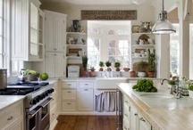 Kitchen Love / by Roseanna Bogley