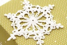 Crochet snowflakes! / A little bit of whimsy in the long cold winter... / by Gloria Dessin