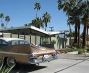 Palm Springs Architecture / A collection of beautiful mid-century houses in Palm Springs that we love.