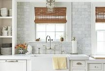 Caesarstone and Marble Backsplash / Our favorite projects using Caesarstone quartz countertops paired with a marble backsplash.   / by Caesarstone US