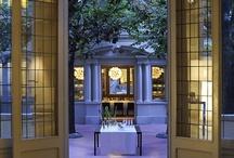 El Principal | Grupo Tragaluz / Finca señorial del Eixample (corazón de la ciudad). Agradable patio interior. Diferentes espacios conviviendo con naturalidad. Salones privados, eventos y restaurante.