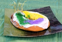 King Cakes / A Mardi Gras tradition- king cake.  / by Mardi Gras Outlet