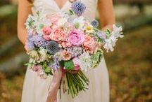 Flowers & Bouquets / by Bridal Expo Chicago/Milwaukee Luxury Events