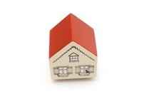Houses / by Isabelle Kessedjian