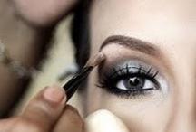 Makeup / by Luciana Rhem