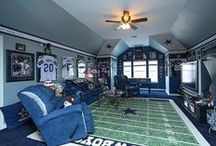 Create Your Man Cave / Decoration ideas for the ultimate Man Cave! / by Decor Spark