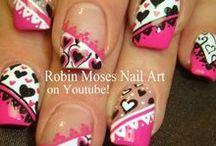 Nail Art / Neat and unusual nail art