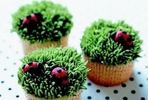 Cupcakes, yuummm / by Sario