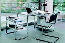 Office and home working / Whether office or home, we have classic and contemporary furniture to suit your needs