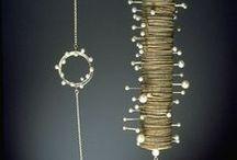 Paper|Wood |Jewellery|Object 'de Art