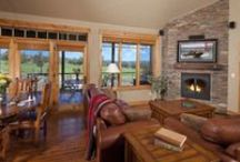 Cabins / 1, 2, 3 & 4 bedroom Cabins at Brasada Ranch are spacious and great for individuals or families.
