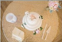 KJP Weddings | Neutral Tones / Karyn Johnson Photography weddings featuring neutrals such as white, tan, gray, ivory, cream.