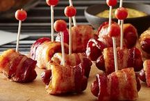 #MakeTheParty - Basketball / It's tip-off time! Get your snack table roundball-ready with Lit'l Smokies Smoked Sausages!