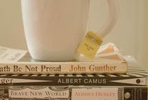 Nibbles with your novels / Sweet and savory recipes to spice up reading time.