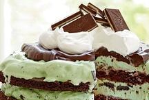 Delightful desserts / by Jama Schneider