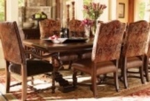 Dining Rooms/Tables / by Laura Taylor