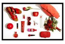Secretos de belleza / ¿Qué se esconde en el tocador de una verdadera 'beauty addict'? Imaginamos el neceser de belleza perfecto cada temporada.