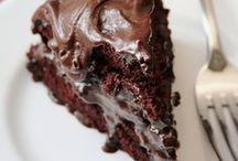 Food. Yum! / by Ellen Goucher