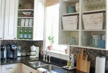 Kitchens / Beautiful and inspiring kitchens. All things kitchen related! / by Beth Hunter