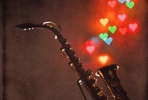 Canciones de Amor / Vídeos de diferentes #canciones #románticas, todas publicadas en nuestro blog.twinshoes.es con la letra y la traducción de la misma en el caso en que no estén en español. www.twinshoes.es