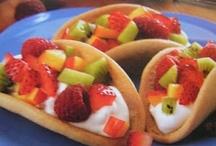 Food ~ Desserts & Snacks / by Diane Cappuccio