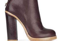 I <3 Shoes / by Meghann Hall
