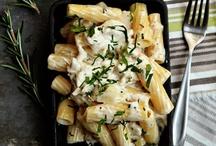 Food - Pastas / by Sandy Hoover
