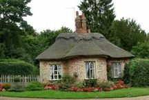 Country Cottages & Houses / One day I'll have one of my own.