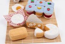 ☆ Dinette ☆ / kitchen - child room - cuisines d'enfants - homemade vegetables and fruits - crochet - laine cardée
