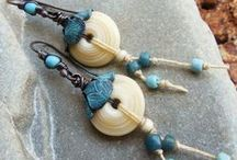 Tutorials - Beaded Jewelry / The best beaded jewelry tutorials from across the web all in one place / by Happy Mango Beads