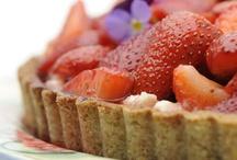 Love sweet food / by Siri Sørensen