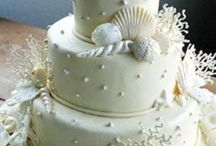 Delicious Cake / Everyone loves some kind of cake / by Suellen Shadbolt