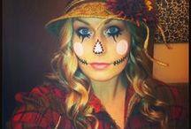 Halloween / by Victoria Valenciana-johnston