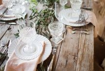 Vintage Wedding: table / Using vintage china and other vintage items to style wedding tables and place settings.