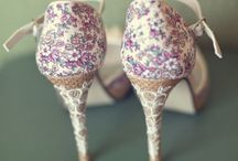Wedding Themes: floral printspiration / Floral prints and ideas for floral inspiration in your wedding