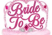 Hen Night Ideas / Ideas for hen nights, hen parties, bachelorette parties, etc. Themes, games, outfits, all kinds of ideas and tips!