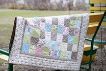My quilts and pillows / Мои квилты и подушки / Quilts and pillows made by me.