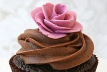 Food & Drink / Quick and easy recipes and drinks that include flowers and some other goodies to enjoy! / by WHAT A BLOOM Florist in Canada