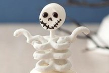 Halloween / Sweet treats and decorating ideas to make your Halloween spook-tacular!