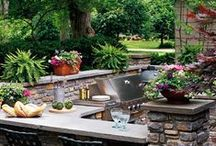Backyard Ideas / The weather is gorgeous, so why not turn your backyard into a cozy and fun outdoor living space? From fire pits to dining areas, pools and lounges, DIY Lighting and Design ideas can take your backyard from boring to beautiful in no time!