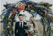 Dream Outdoor Wedding / Are you dreaming of an outdoor wedding? We've handpicked the best outdoor wedding ceremony and reception ideas from flowers and dresses to dishes and decorations! Surround yourself with natural beauty on your big day and discover all the ideas you need to make your outdoor wedding dreams come true from proposal to I DO!