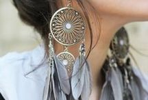 Accessories are the Spice of Life / by Hattie Ledvina