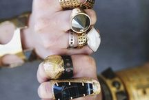 accessorize / by Mary-Michal Linch