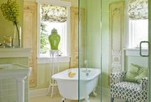 || Bathrooms to Die For || / by Jennifer Stafford
