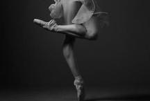 Apenas Dance / by Didi B.