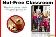 No Peanuts / Nuts Signs - Posters / Peanut-free and nut-free posters to help keep your classroom, daycare, church, etc. safe for children with peanut allergies and children with tree nut allergies.