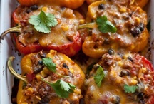 Savory / main meal and side dish recipes / by Lacey Tsacudakis