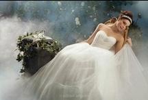 Weddings / Dresses && ideas / by Breanna Laurente